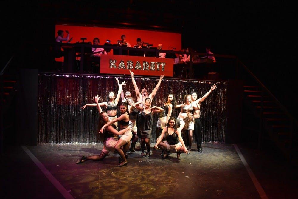 a9-cabaret-laura