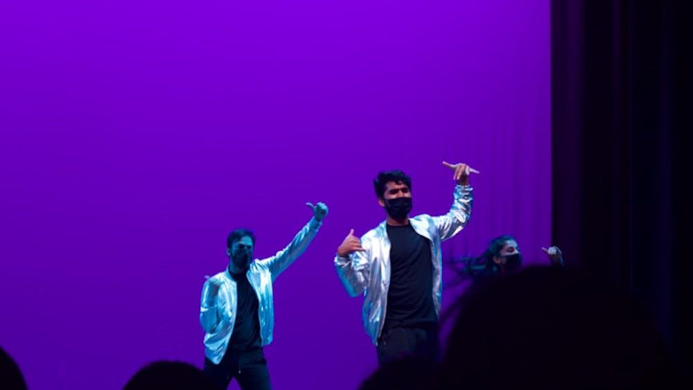 COURTESY OF JULIA ALUMBRO Zinda dancers perform onstage at the O(ctober) Show: Dance Showcase.