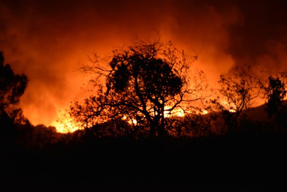 fire-5300105_1920