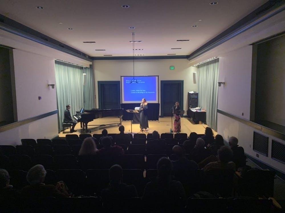b4-greek-concert