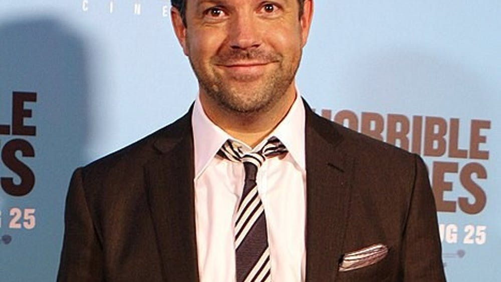 EVA RINALDI/CC BY-SA 2.0 Jason Sudeikis accepted his award for Best Actor in a Musical or Comedy TV Series while wearing a sweatshirt.