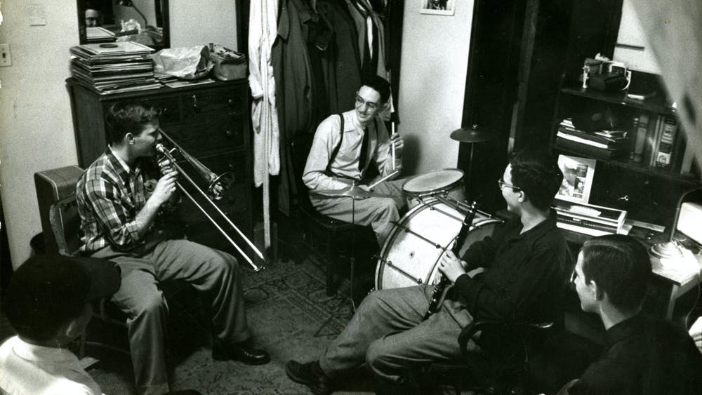 COURTESY OF THE UNIVERSITY ARCHIVES — SHERIDAN LIBRARIES Students practice music in an AMR I dorm in 1952, when Rose attended Hopkins.