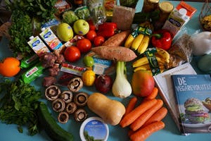 PUBLIC DOMAIN  Antioxidants, commonly found in fruits and vegetables, can improve health.