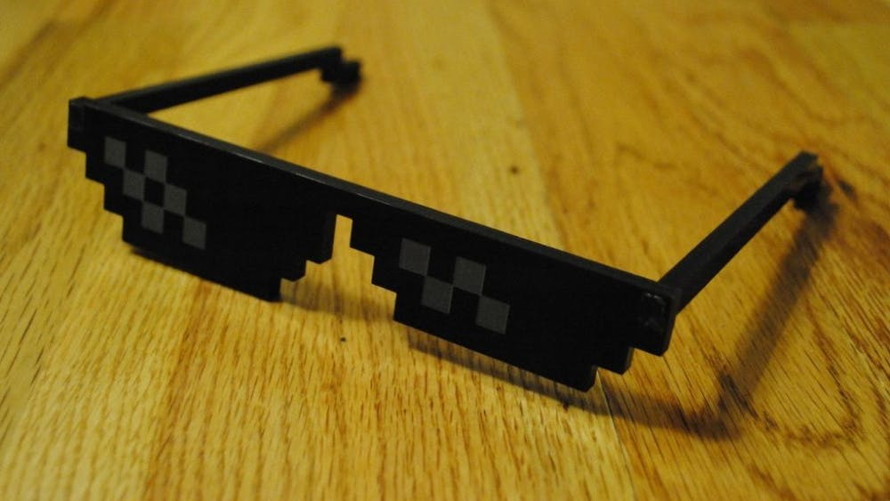"""LUISJBOADA/CC-BY-SA-4.0 A Vine featuring Denzel Curry's """"Ultimate"""" popularized the use of these pixelated glasses in memes."""