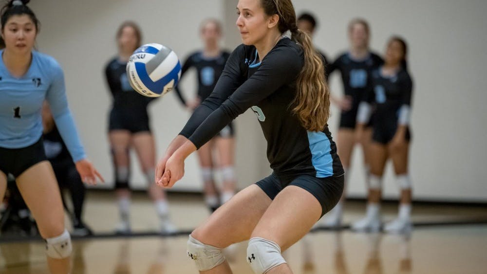 HOPKINSSPORTS.COM Volleyball pushed their unbeaten streak to 14 games this weekend.