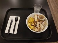 COURTESY OF ARIELLA SHUA The Daily Special allows customers to create their own Kosher lunch bowls.