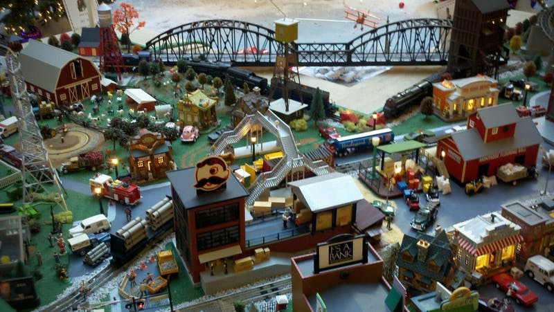 TEAKWOOD/C.C. BY-SA 2.0 The train garden at Kenilworth Mall is worth the trip to Towson to see.