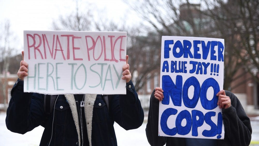 SHEFALI VIJAY/PHOTOGRAPHY EDITOR Students are divided over the proposed police force.