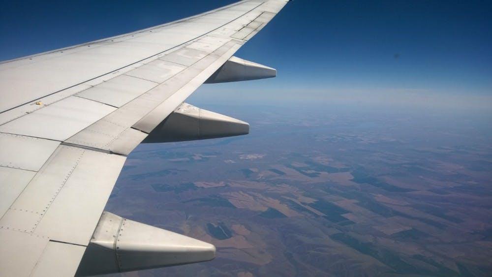 b7_airplane
