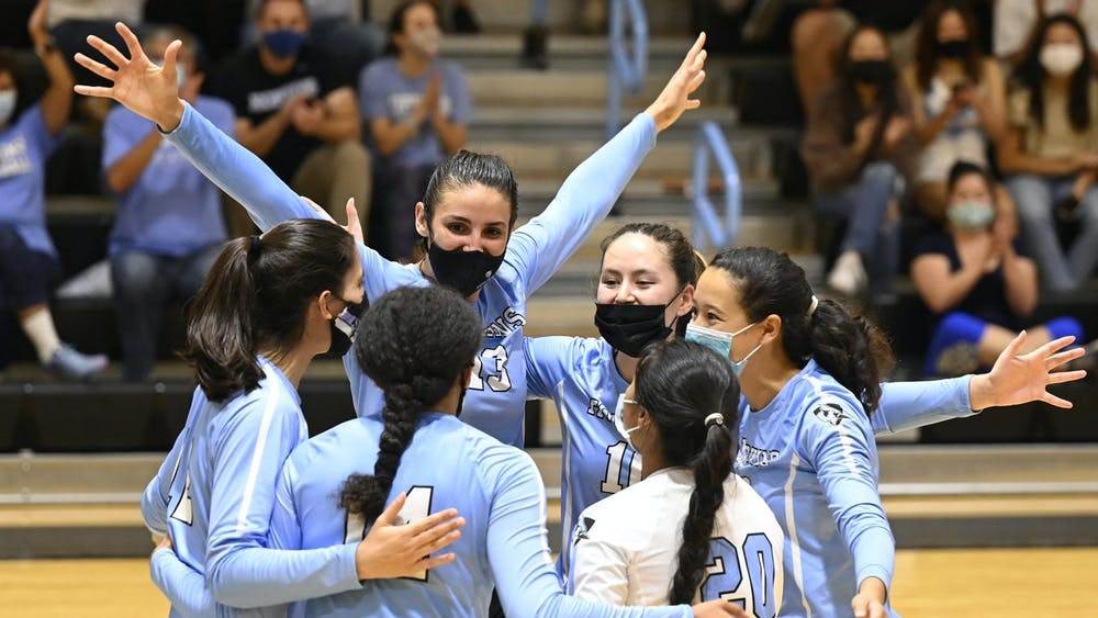 COURTESY OF HOPKINSSPORTS.COM With their win over Swarthmore College, the Hopkins volleyball team extended their winning streak to 45 matches.