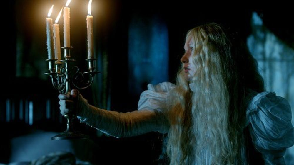 Courtesy of SAEJIMA VIA FANPOP Crimson Peak, directed by Guillermo del Toro, benefits from strong performances from its small cast.