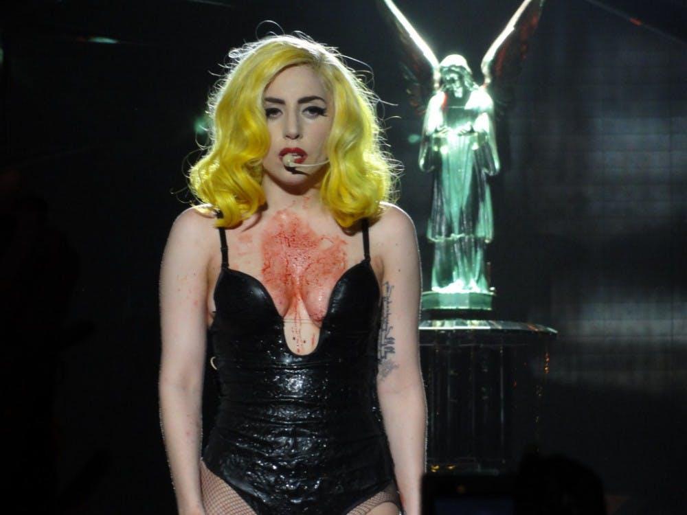 B4_Gaga
