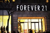 BARGAINMOOSE/CC BY 2.0  Goudreau argues that there are affordable alternatives to fast fashion brands like Forever 21.