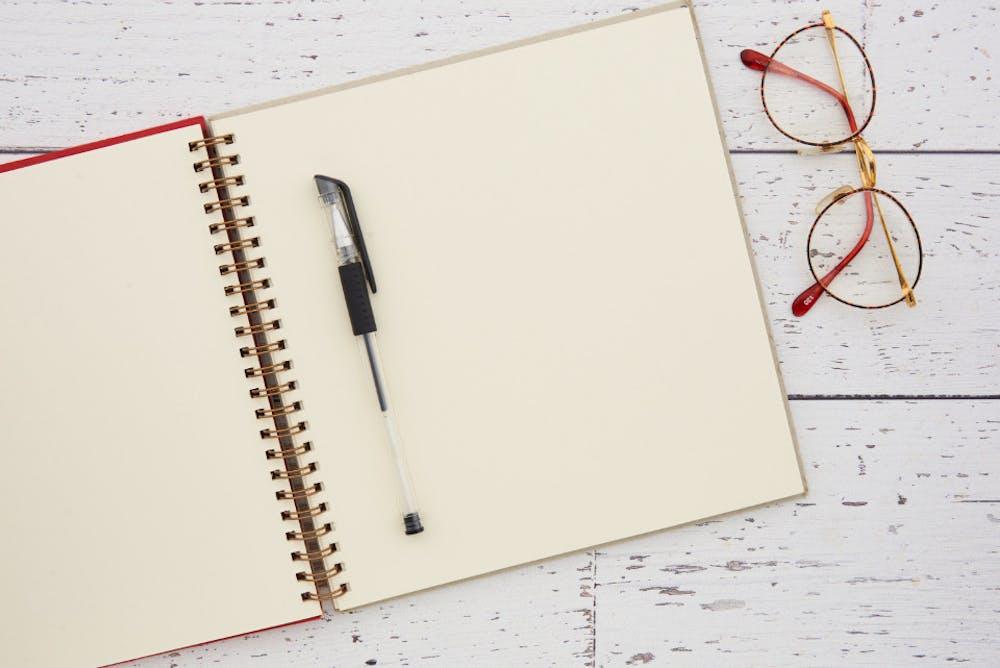 notebook-desk-grgczj7cne
