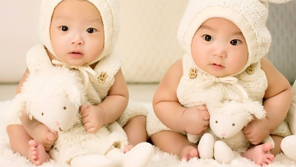 PUBLIC DOMAIN A pair of semi-identical twins in Australia share only 78% paternal DNA.