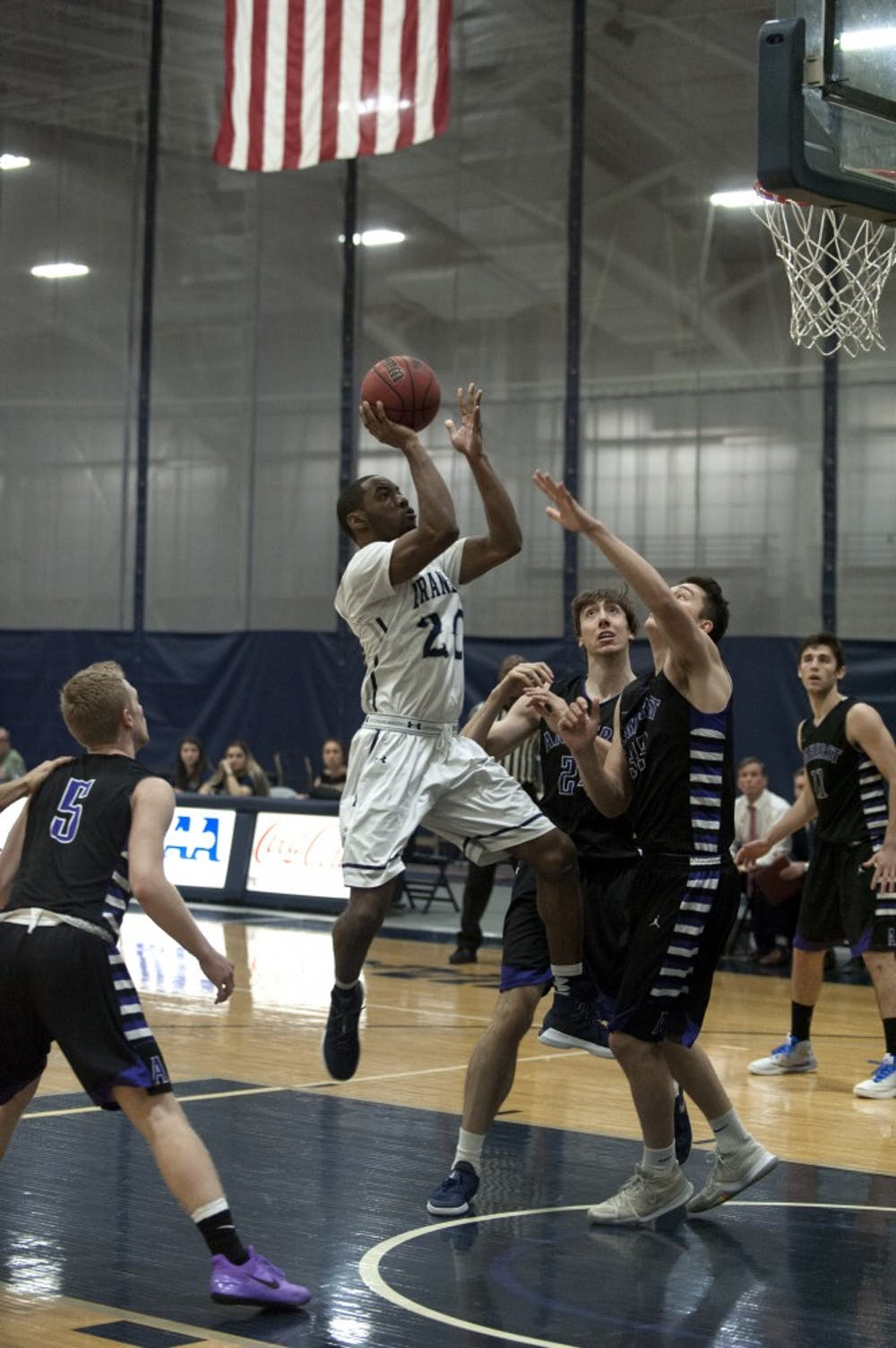 basketball-m-vs-amherst-1-8-18-ab-0016
