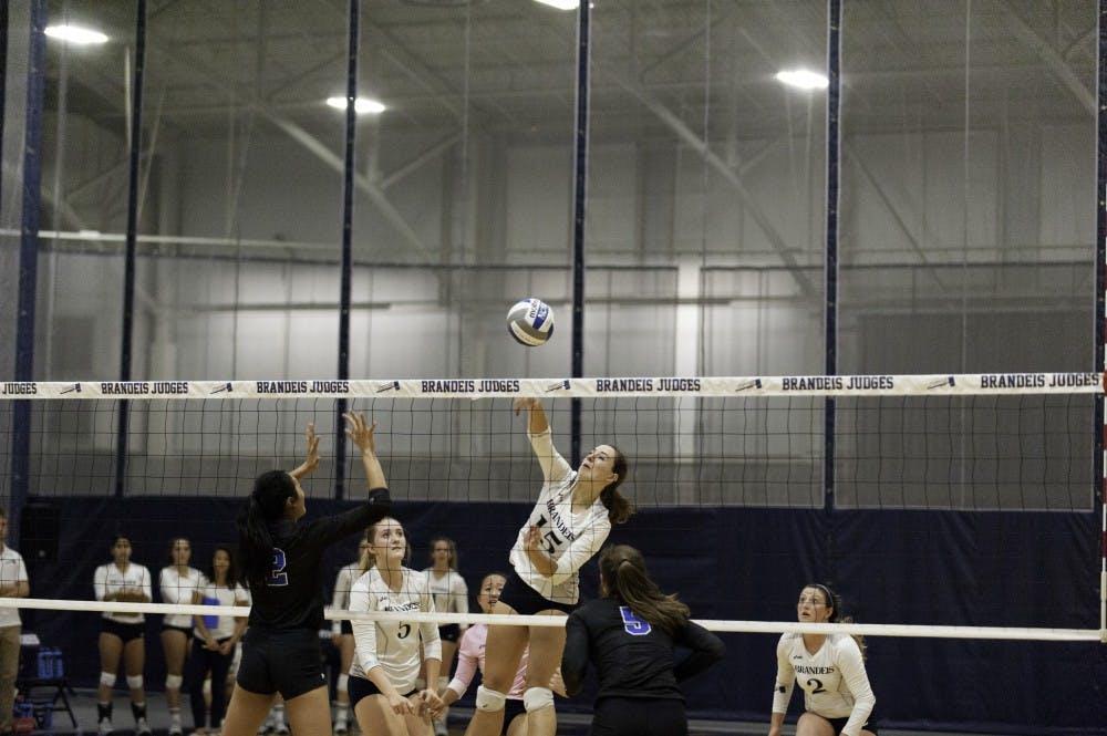 volleyball-vs-umass-boston-9-13-17-nw-0081