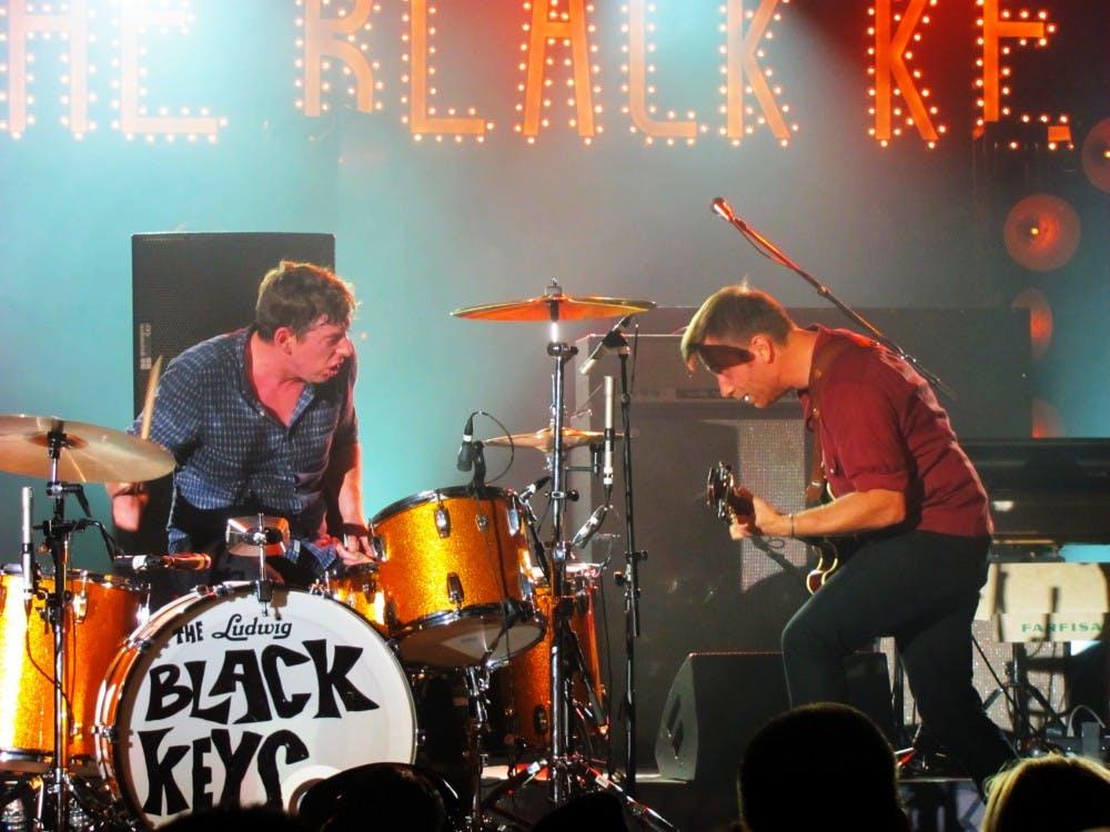 bw_blackkeys022011