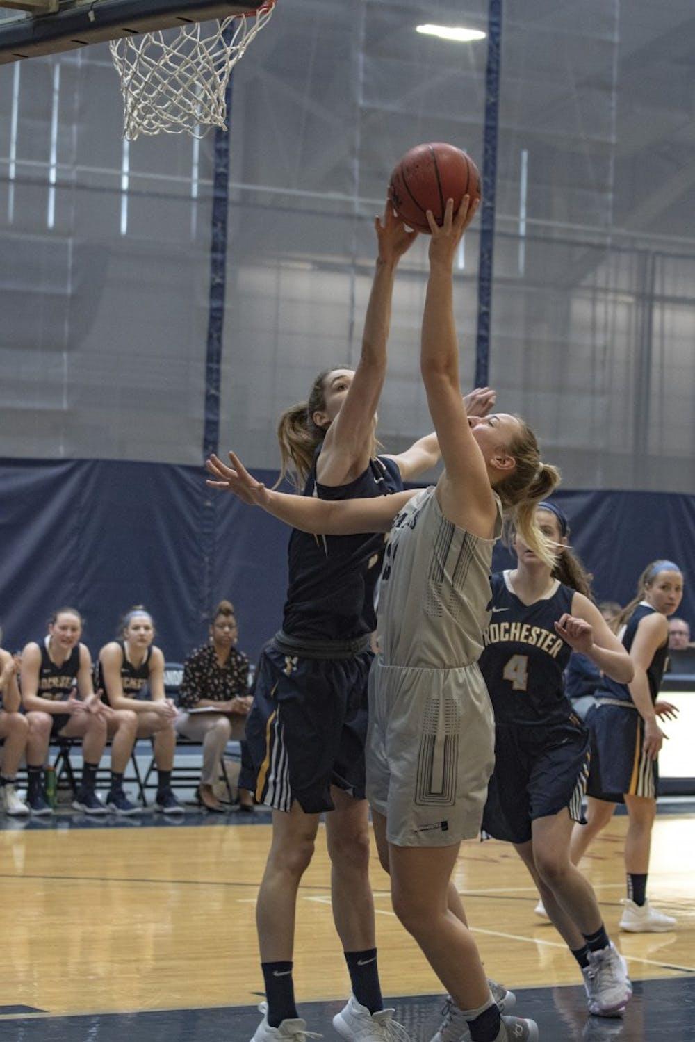basketball-m-w-v-rochester-2-3-19-zb-0461