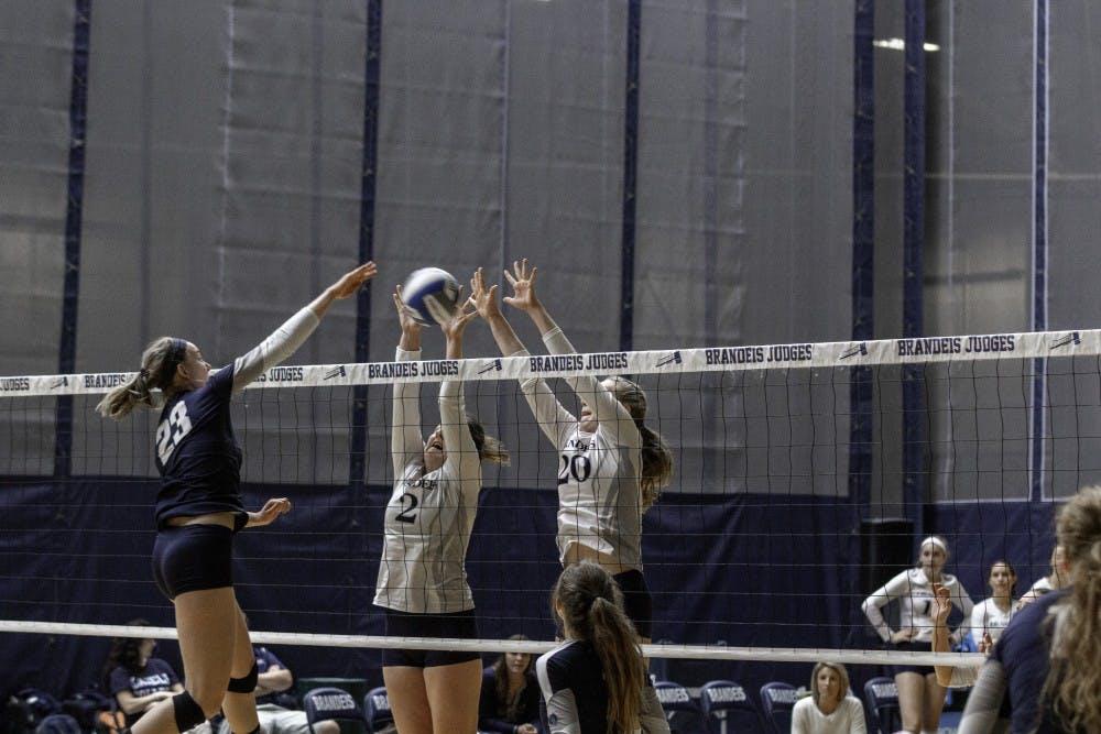 volleyball-v-cwru-9-30-18-ab-0151
