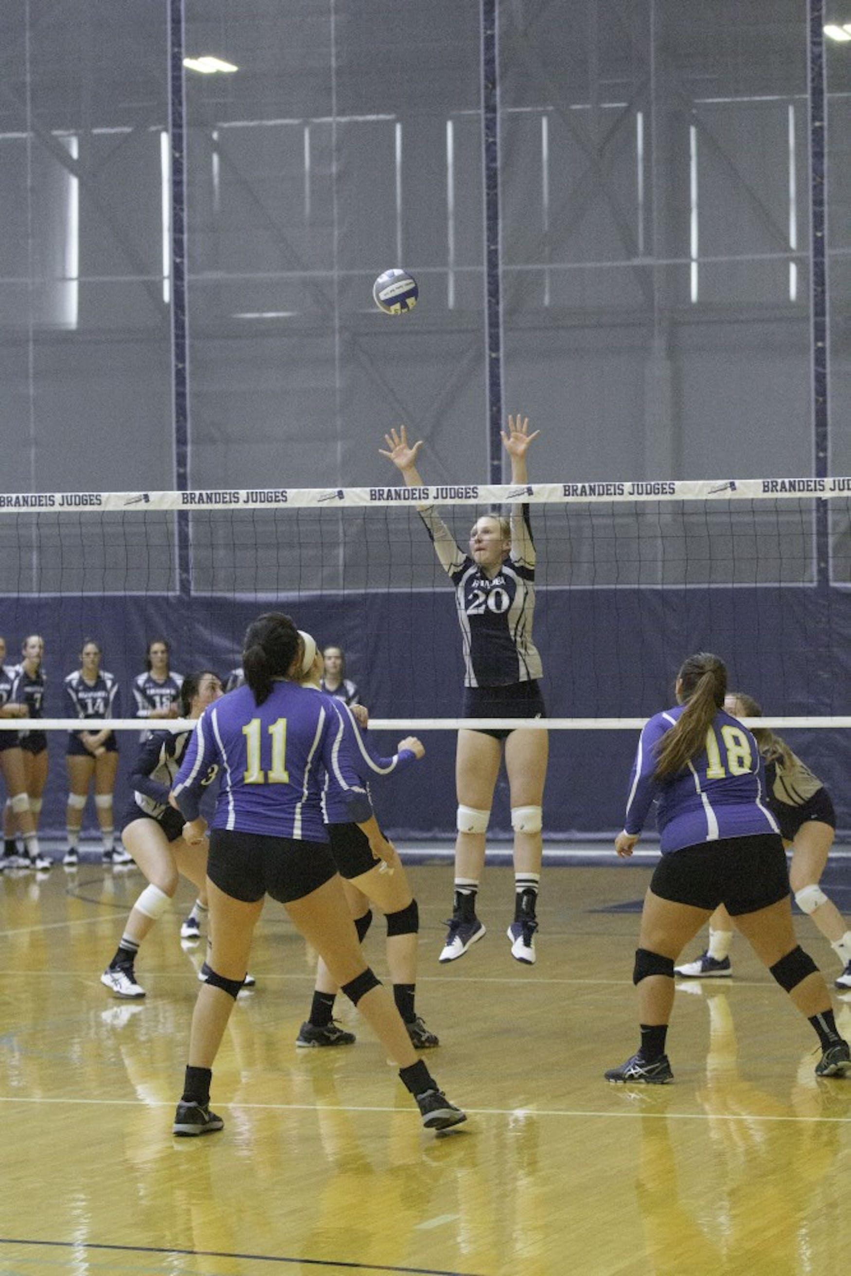 Volleyball W vs UMPI 9.7.18 TL 0123.jpg