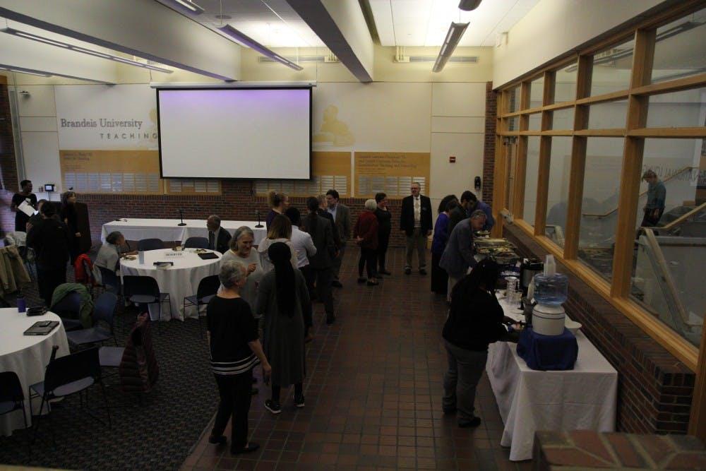 faculty-lunch-seminar-10-3-18-ab-0007