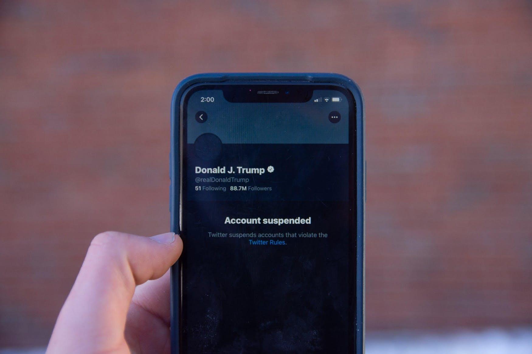 trump-twitter-account-suspended