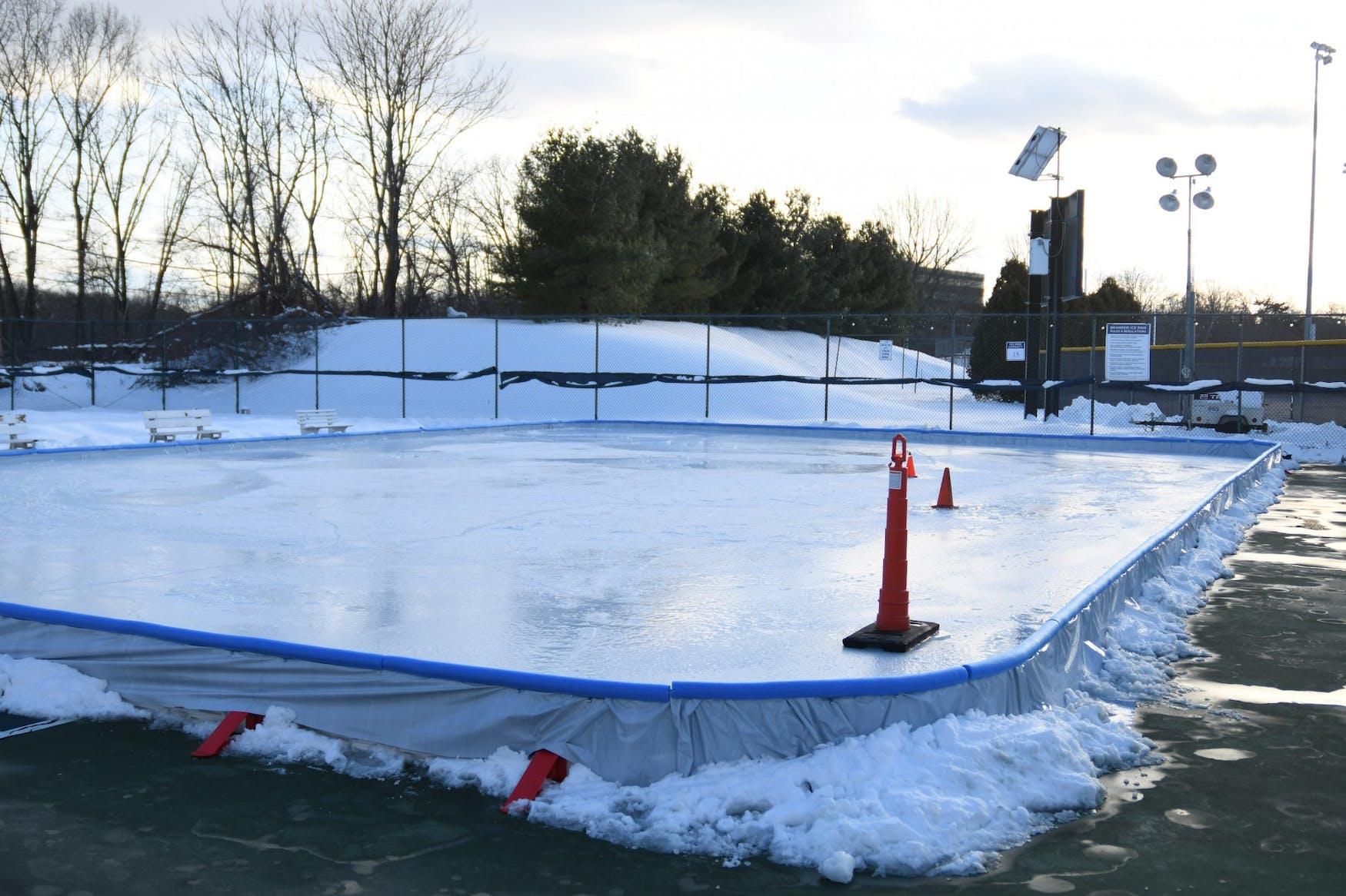 New_Ice_Skating_Rink_Gosman_2