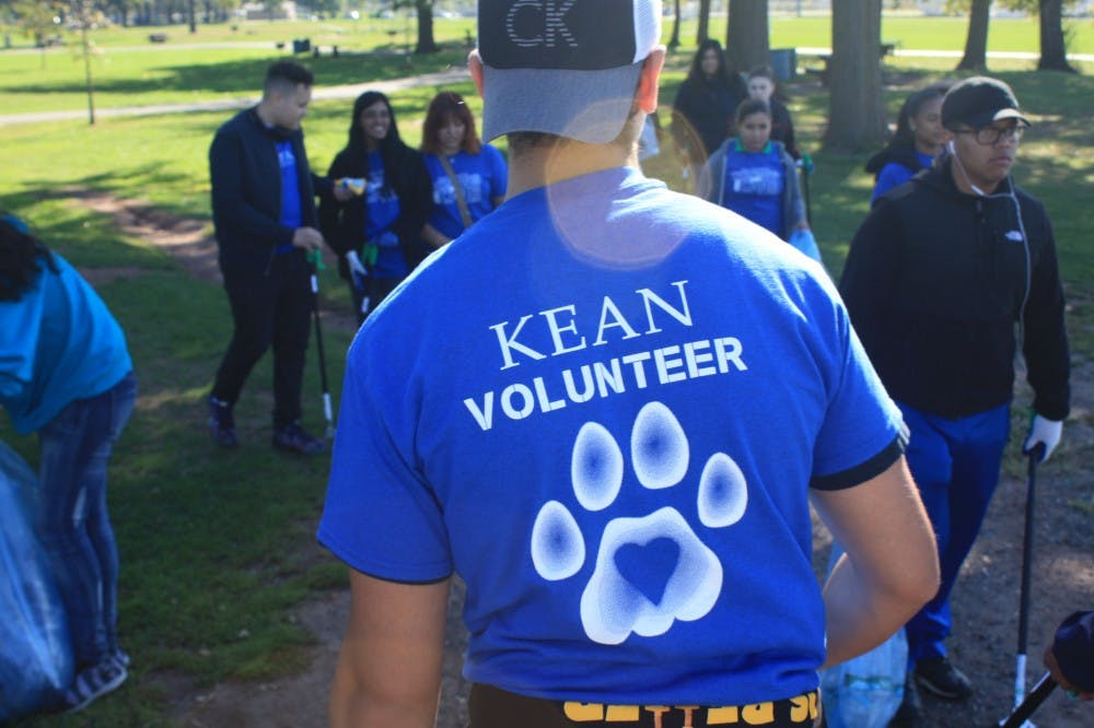 Students Become Volunteers For A Day