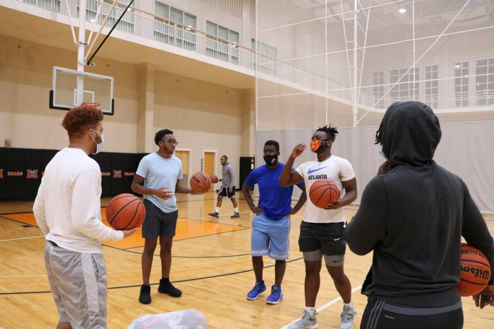 A photo of Mercer's Club Basketball team gathering before tryouts.
