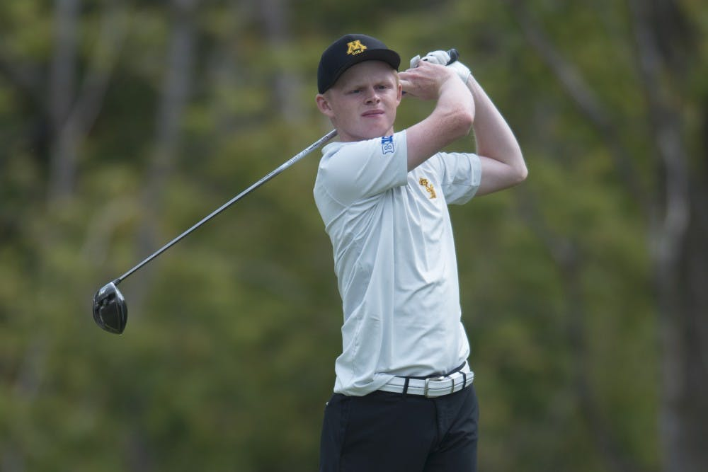 Golf teams conclude fall seasons