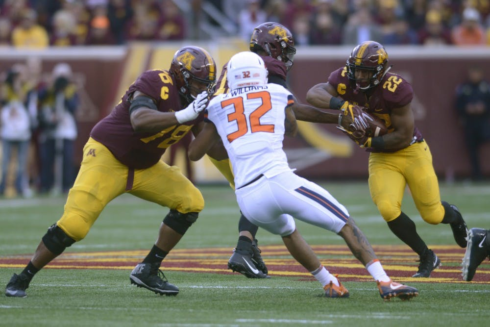 Offensive line stays consistent through injury