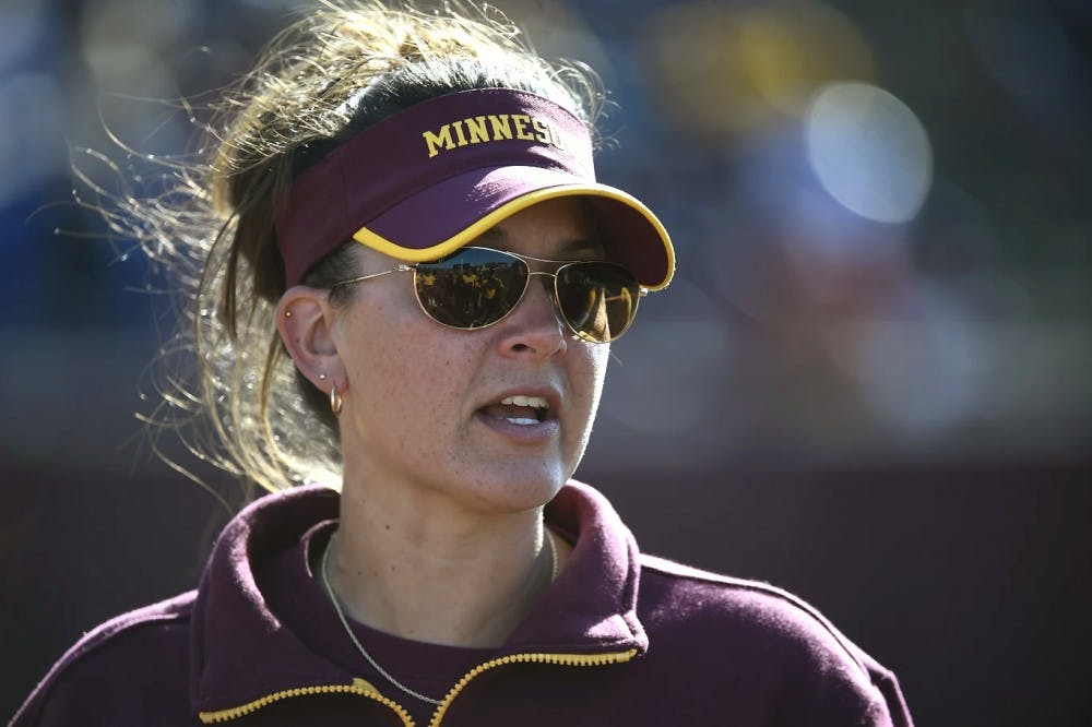 Minnesota softball adjusts under new head coach