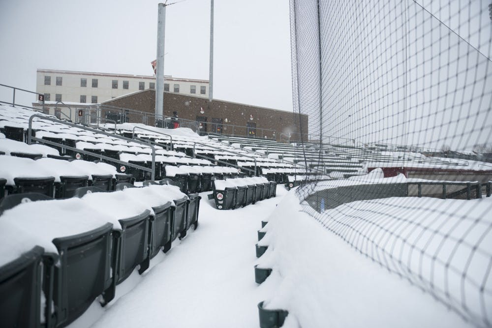 Minnesota cancels sporting events for winter's renaissance