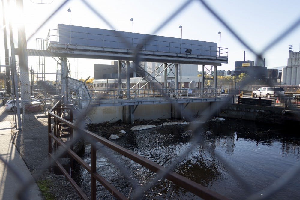 Locals consider plans for St. Anthony Falls lock and dam