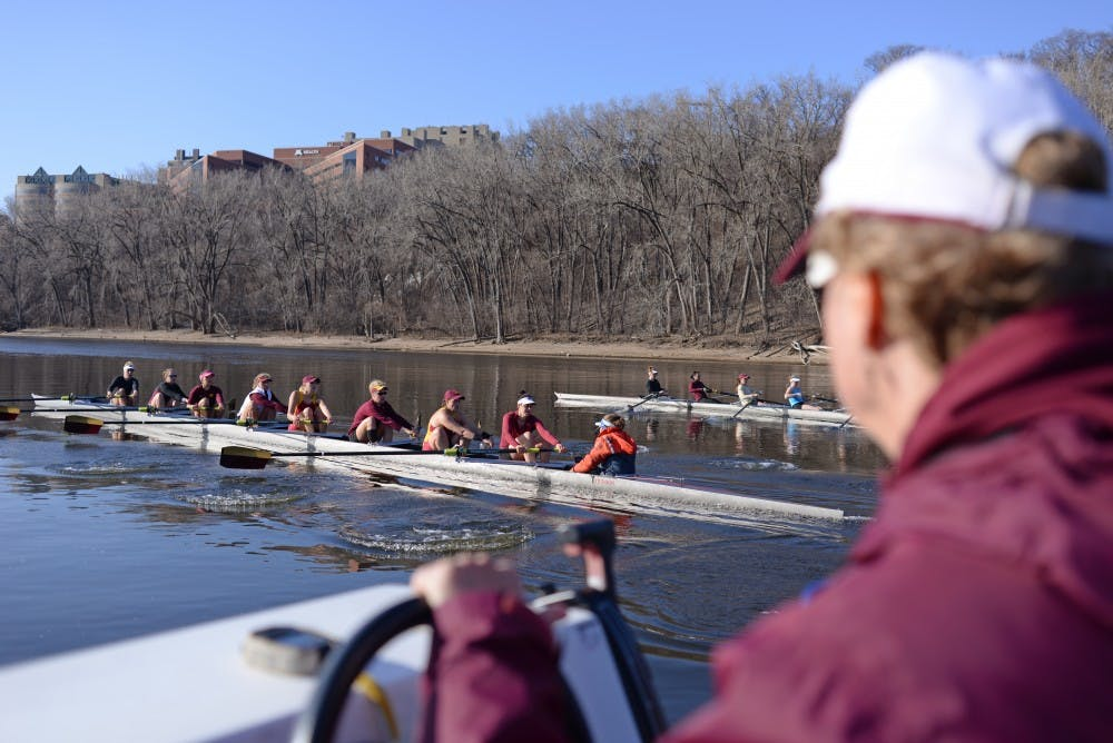 Gophers find different ways to recruit rowers