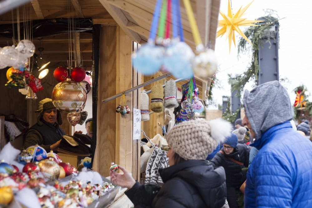 European market brings holiday festivities to St. Paul