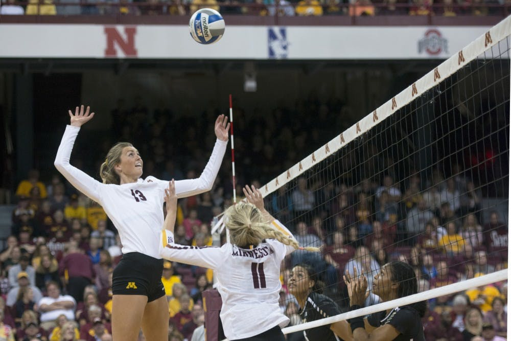 After five sets, Gophers come out on top against Fighting Illini