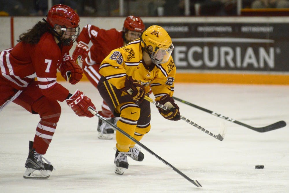 No. 1 Wisconsin comes from behind to beat Minnesota