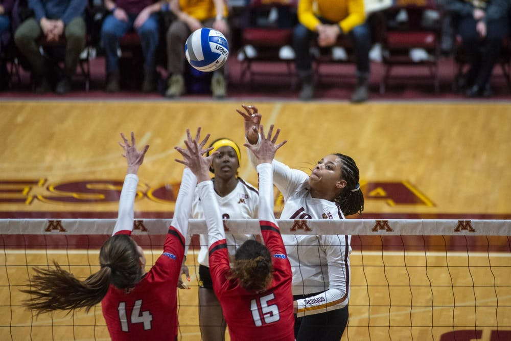 Gophers volleyball Final Four bound