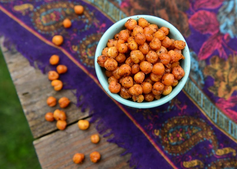 Roasted chickpeas are an affordable, easy and delicious snack.