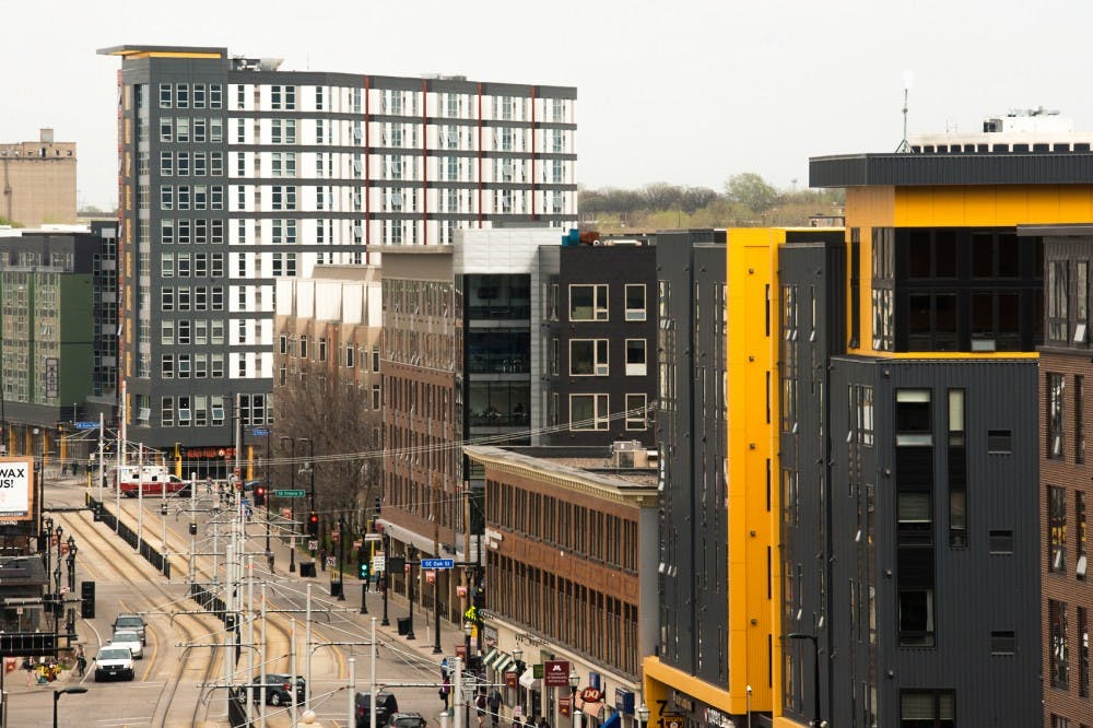 UMN students struggle with leases from campus-area apartments