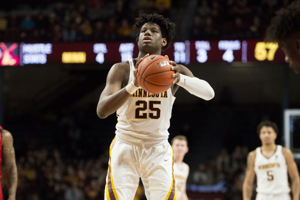 Gophers upset by Illinois in ugly 95-68 loss