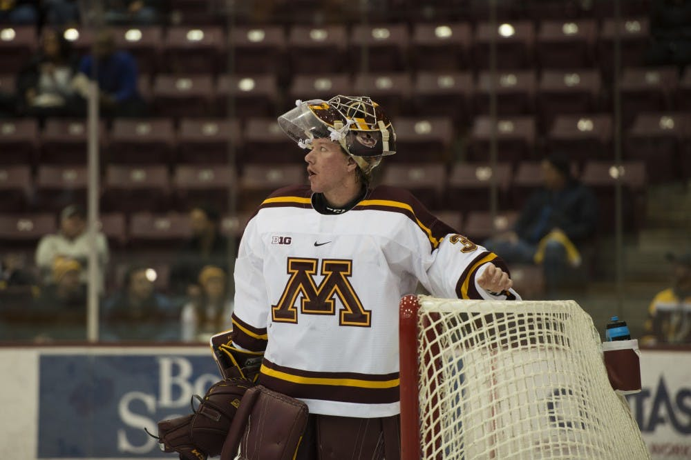 Schierhorn, Robson split time in the crease for the Gophers
