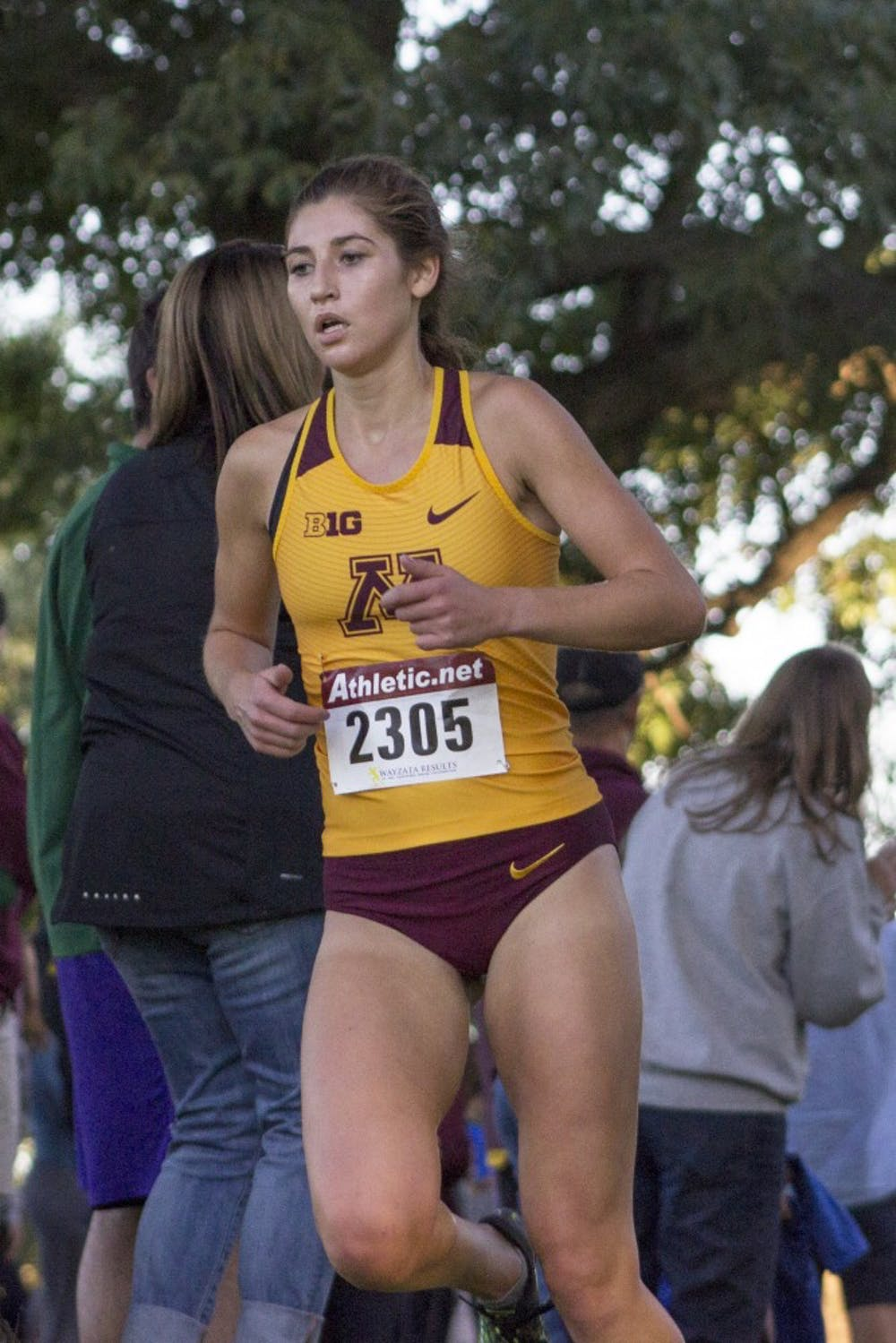 Women's cross country takes first in 18th annual Oz Memorial