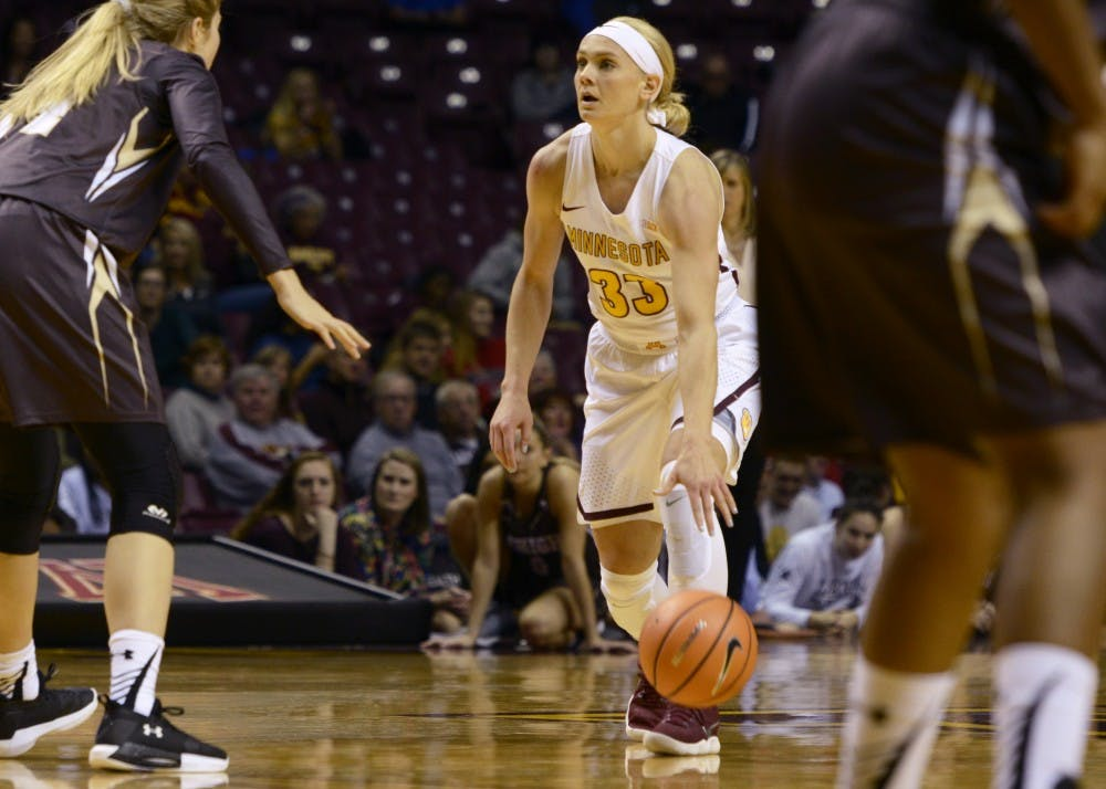 Carlie Wagner leads Gophers to beat Badgers