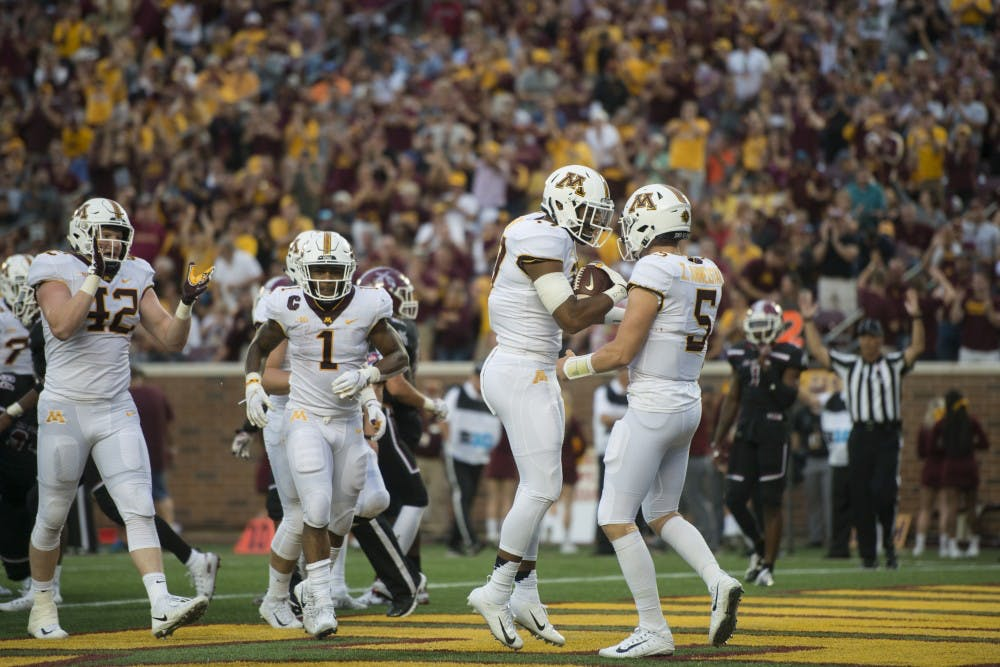 Gophers dominate New Mexico State in season opener