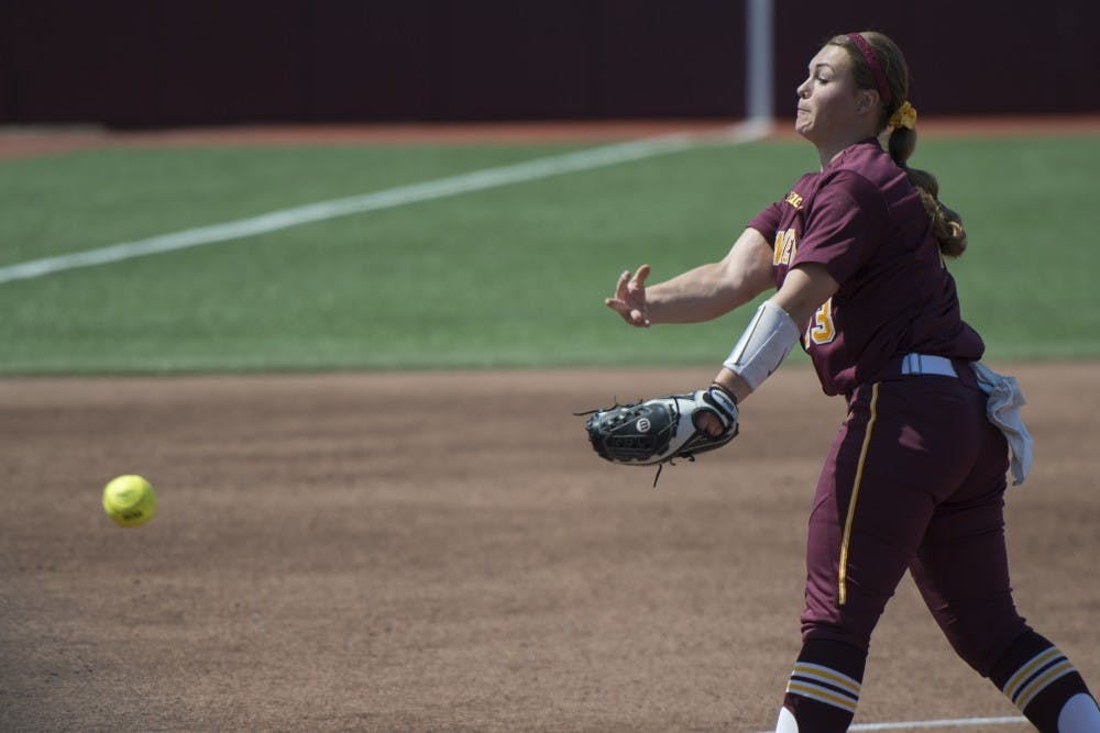 Gophers win four out of five in Arizona