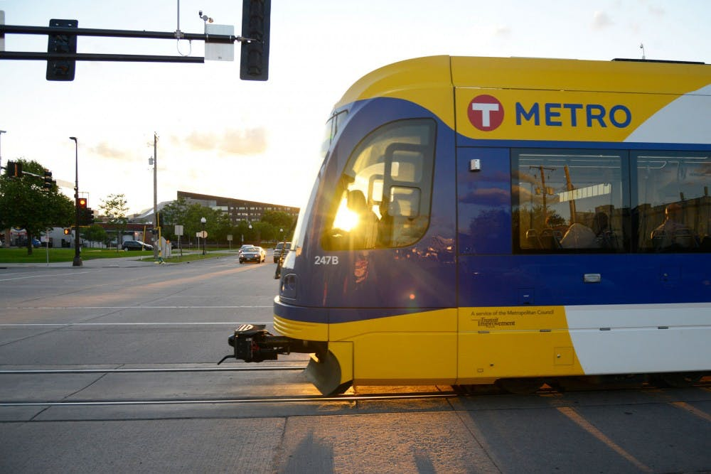 University of Minnesota students robbed at light rail station, sent to hospital