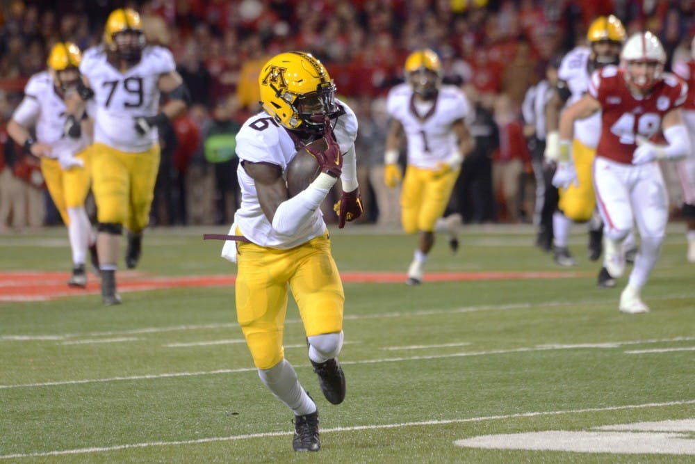 Gophers football put on entertaining show in spring game ...